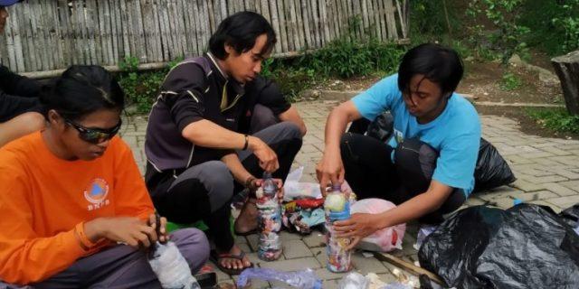 Aksi Nol Sampah Pendakian Merbabu dalam Rangka HPSN 2020