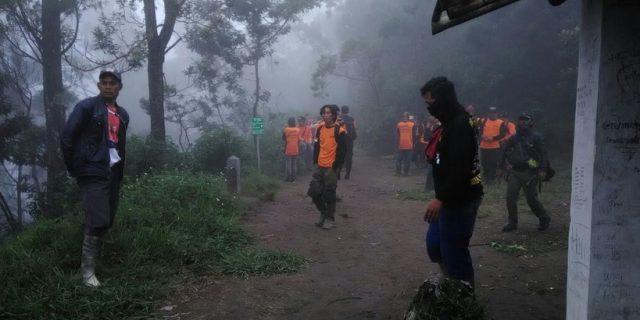 Pencarian Pendaki WNA di Gunung Merbabu Masih Dilanjutkan, Seluruh Jalur Pendakian Ditutup